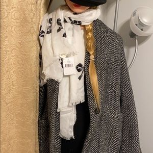 NWT 🧣Kate Spade Bow Light Weight Scarf🧣